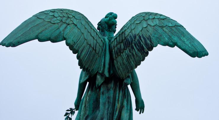 engel på kirkegård