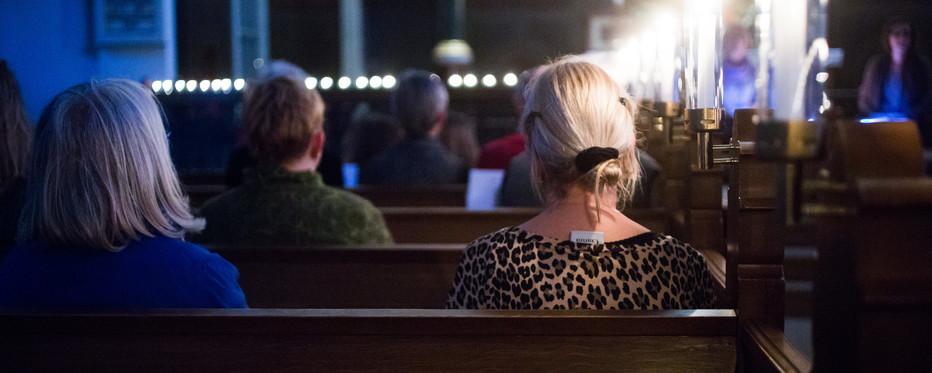 kirkebænke