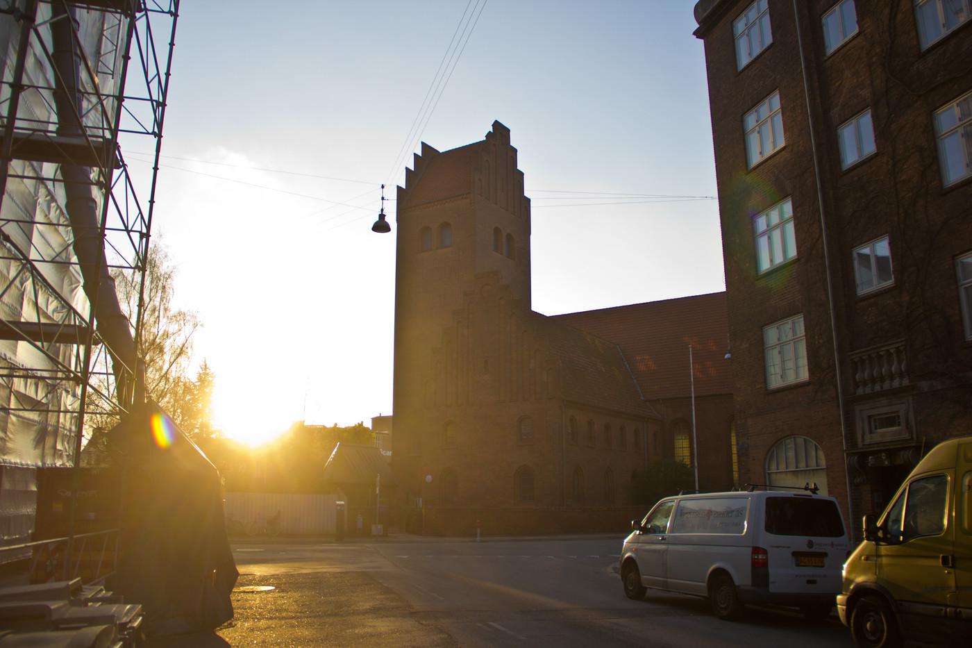 hans tausens kirke solnedgang.jpg