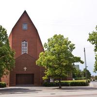 Hyltebjerg Kirke.jpg